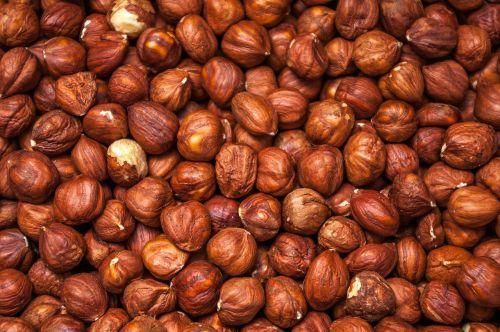 nuts eating natural