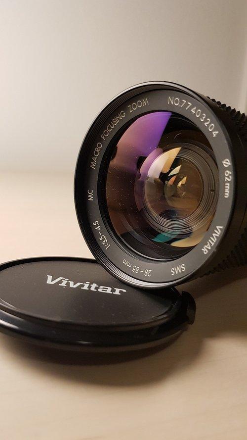 objective  camera  reflex camera