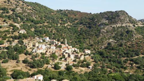occiglioni village corsican