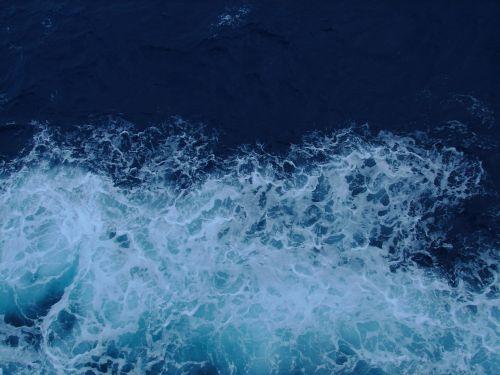 ocean breaker blue