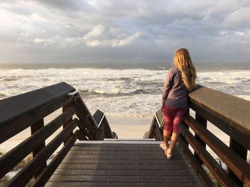 ocean waves pensive