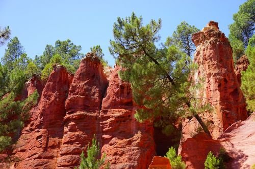ocher rocks rock roussillon