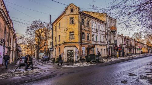odessa crossroads winter people at home