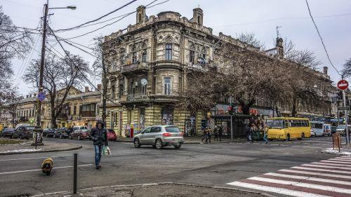 odessa street crossroads pedestrian