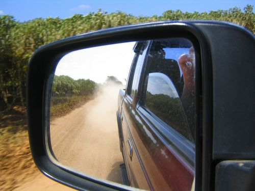 offroad look in side mirrors dust
