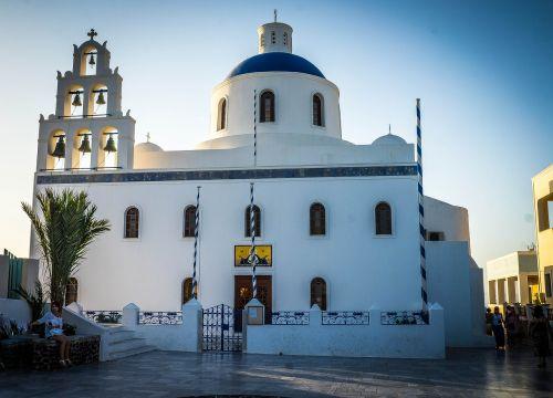 oia,santorini,Graikija,architektūra,graikų kalba,turizmas,kelionė,mėlynas,atostogos,sala,balta,Europa,Miestas,gražus,dangus,Viduržemio jūros,vaizdas,pastatas,šventė