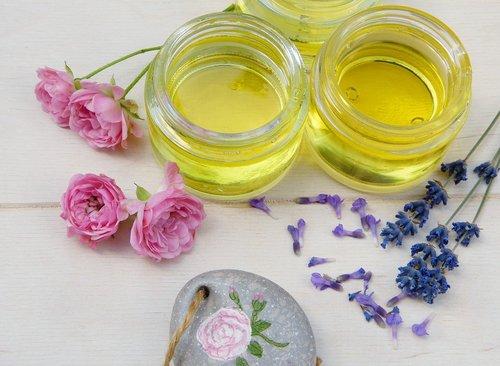 oil  essential oils  lavender