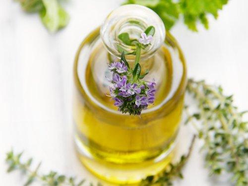 oil  bottle  thyme
