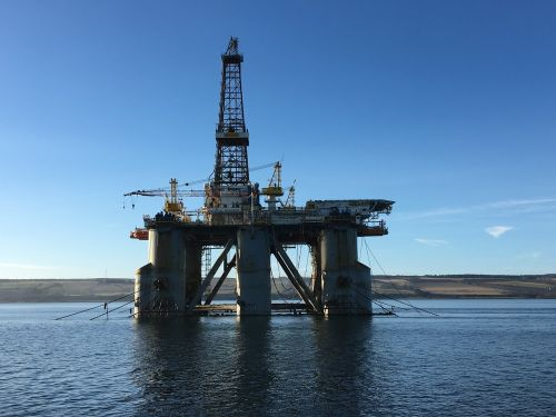 oil industry drilling rig scotland invergordon