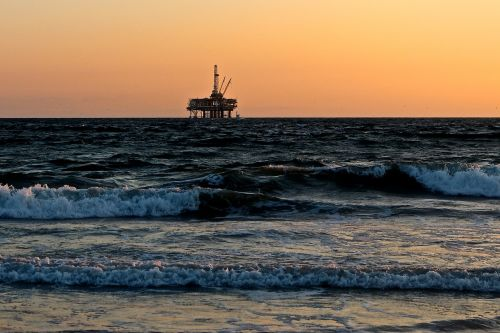 oil rig sea oil