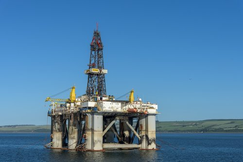 oil rig  scotland  cromarty firth