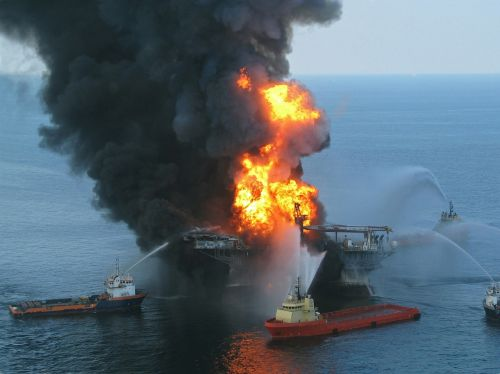oil rig explosion fire disaster