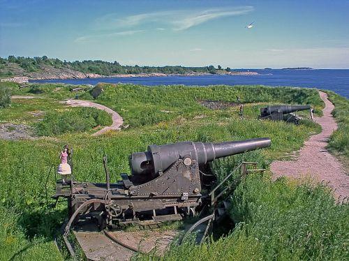 old guns embankments