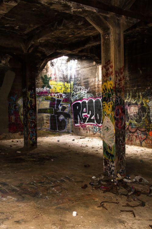old graffiti ruin