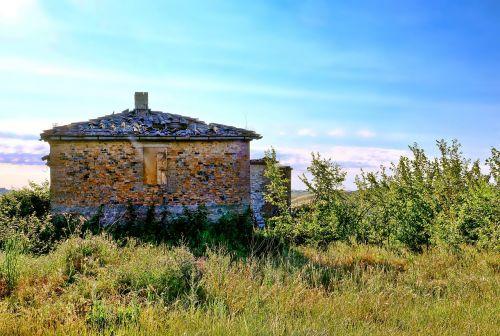 old ruin architecture