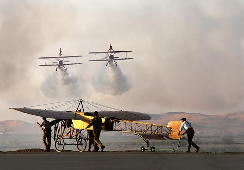 old  planes  wing walkers