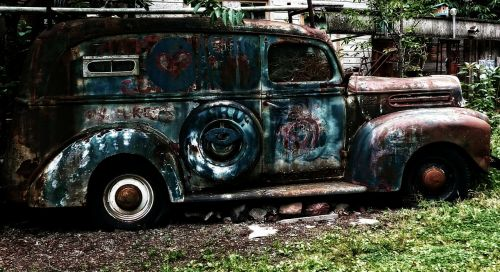 old rusty ford