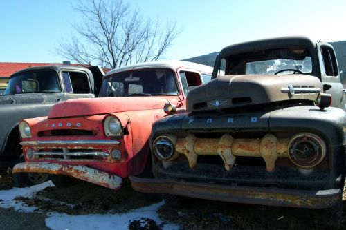 old rusty cars