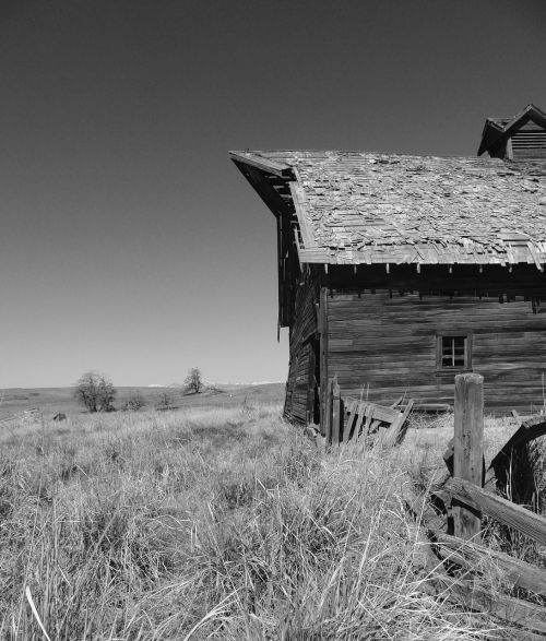 old barn country outside