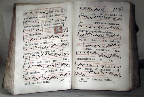 old book benedictine breviary