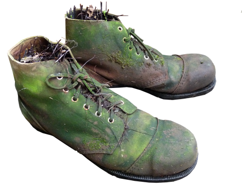 old boots moss planter