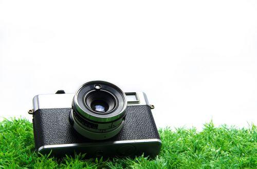 senoji kamera,senovinė kamera,kino kamera,baltas fonas,lenta,spalvų erdvė