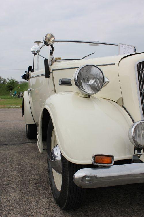 old car auto oldtimer