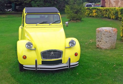 old car citroën 2cv vehicle