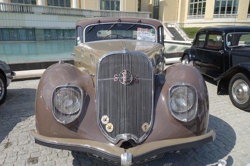 old car  panhard  dynamic