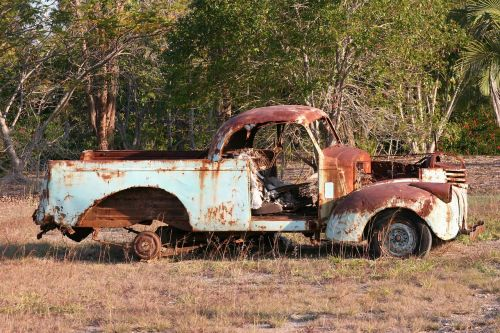 old car rusty car rusty ute