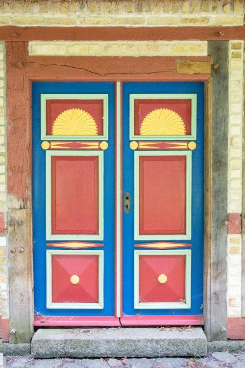 old door cassette door ornaments