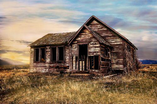 old farmhouse decay farmhouse