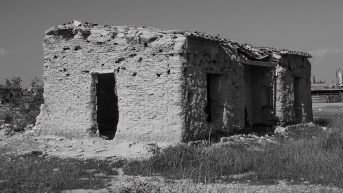 old house ruin destroyed
