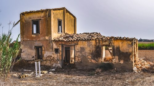 old house  abandoned  building