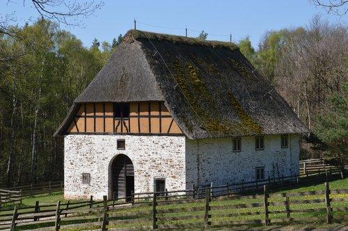 old houses  barns  farm