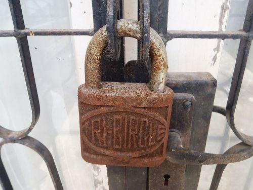 old lock pedal lock rusty lock