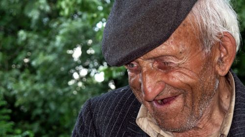 old man poor aged