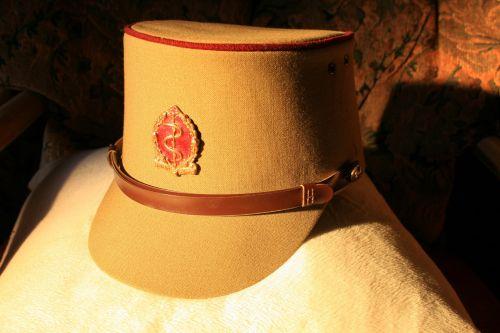 dangtelis, kariuomenė, ženklelis, medic, Khaki, senas medicinos dangtelis