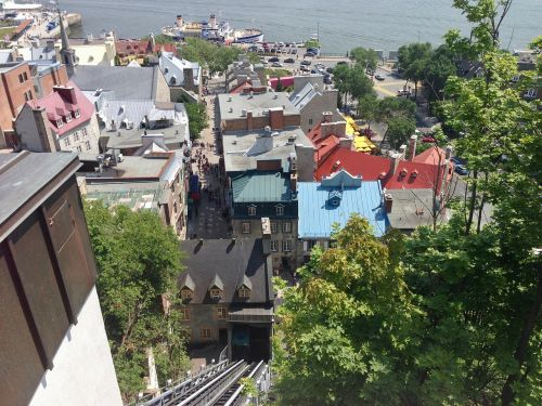 old quebec funicular river