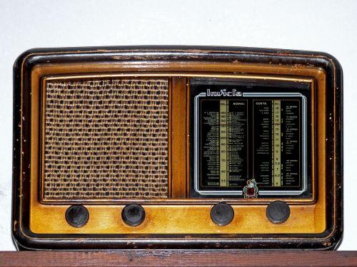 old radio old valves within
