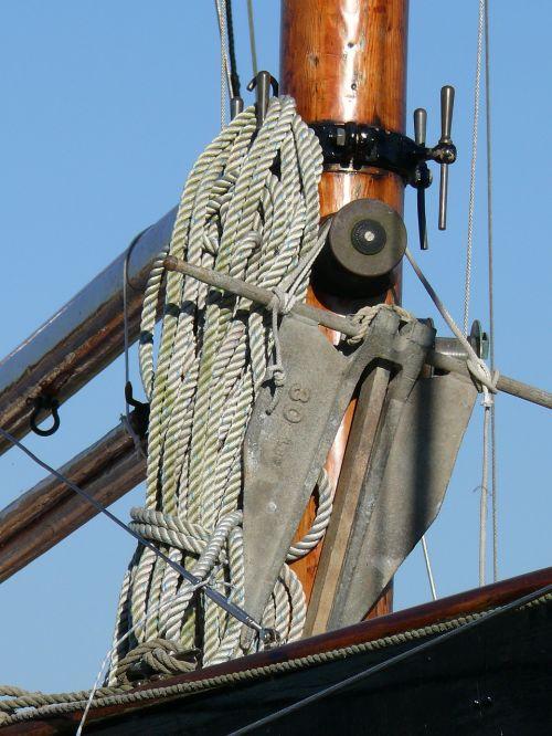 old rig sailing sailing vessel