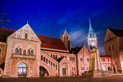 old town braunschweig sky