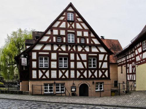 Senamiestis,fachwerkhaus,istoriškai,pastatas,stogas,lankytinos vietos,santūra,karjero akmuo,natūralus akmuo,Hersbruckas,Viduramžiai,fasadas,francūzų kalba,romantiškas,architektūra,miesto vaizdas,bavarija
