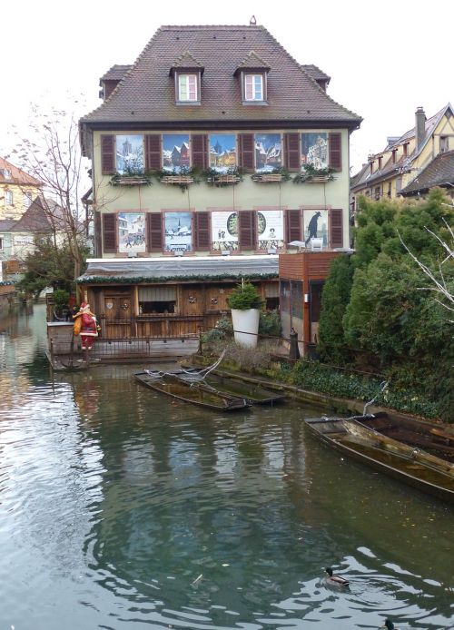 old town colmar riverside