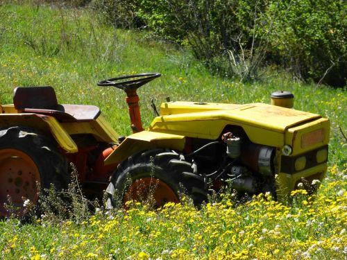 old tractor prado spring