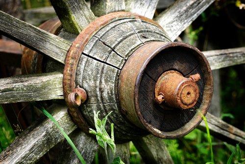 old wagon wheel  wooden wheel  hub