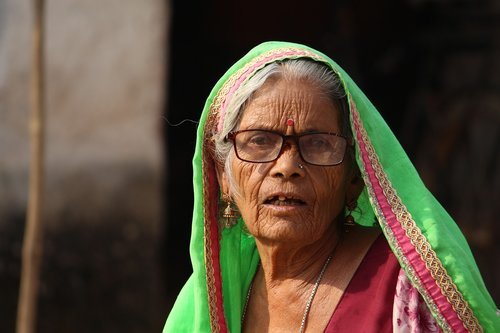 old women  old lady  old