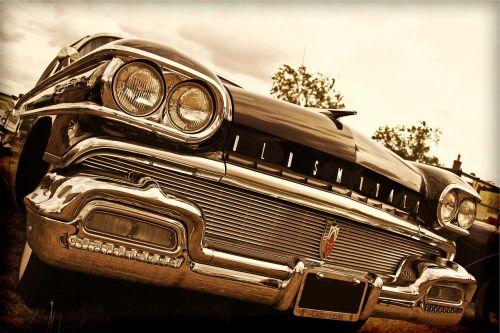 oldsmobile classic car
