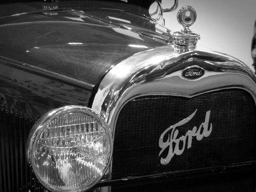 oldtimer ford spotlight