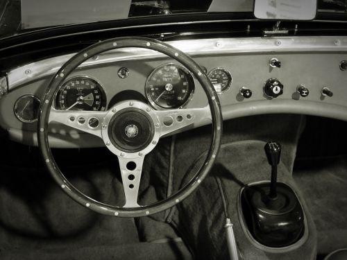 oldtimer cockpit dashboards